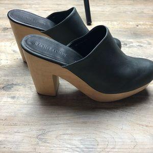 ⬇️ $150 Rachel Comey Black mules wooden heels 7.5